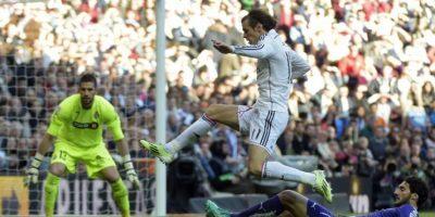 Real Madrid termina crisis y consolida su liderato tras ganarle al Espanyol