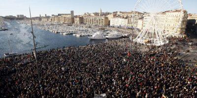 Más de medio millón de personas protestan en Francia tras atentados
