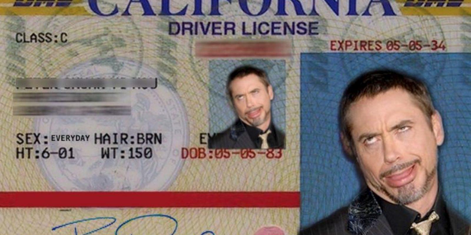 Las que hace para burlarse de sí mismo Foto:Facebook/Robert Downey Jr.