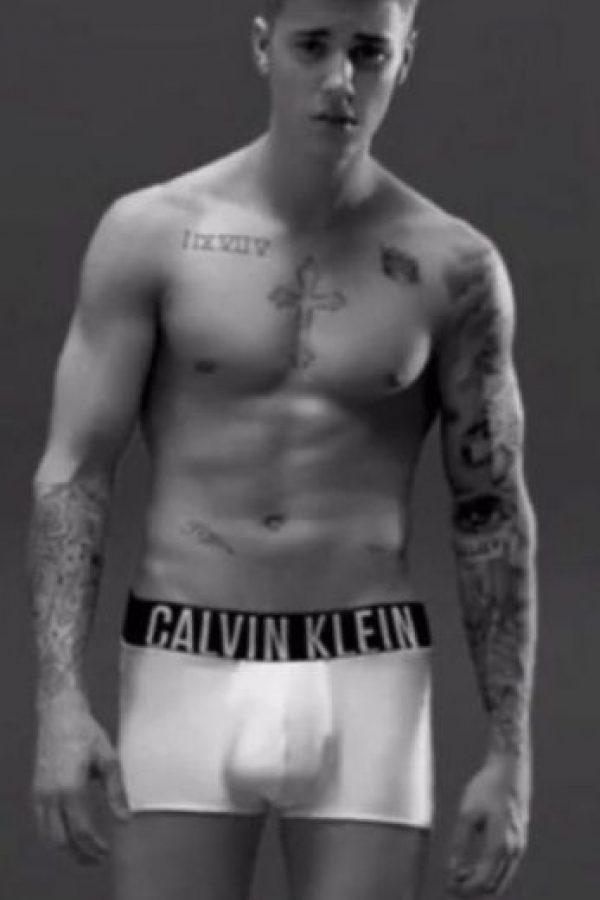 Aquí, en el comercial Foto:Calvin Klein