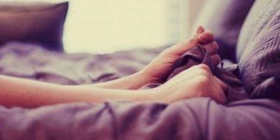 La masturbación es un buen ejercicio para practicar el hecho de contener sus erecciones Foto:Pinterest