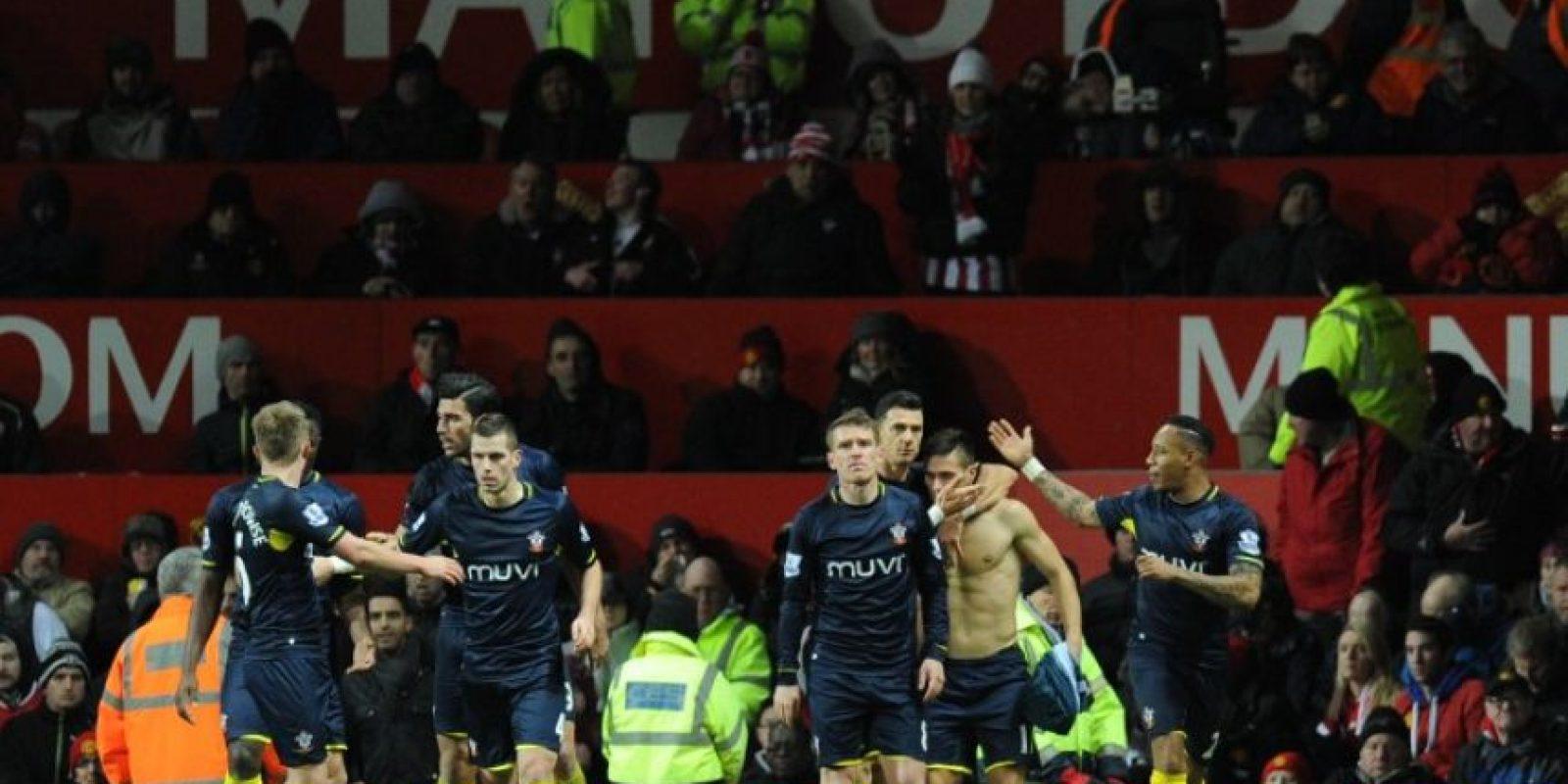 Dusan Tadic le dio al Southampton un valioso triunfo contra el United. Foto:AFP