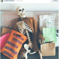 Sus compras Foto:OmgLiterallyDead/Instagram