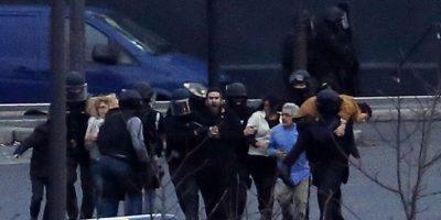 Yihadista que tomó rehenes en París pudo atacar una escuela