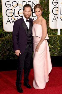 """Matthew McConaughey, con una barba desaliñada en los """"Golden Globes"""" Foto:Twitter"""