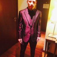 Con este traje se presentó el argentino a la ceremonia del Balón de Oro Foto:Twitter