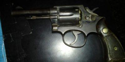 Este revólver escondía uno de ellos. Foto:PNC