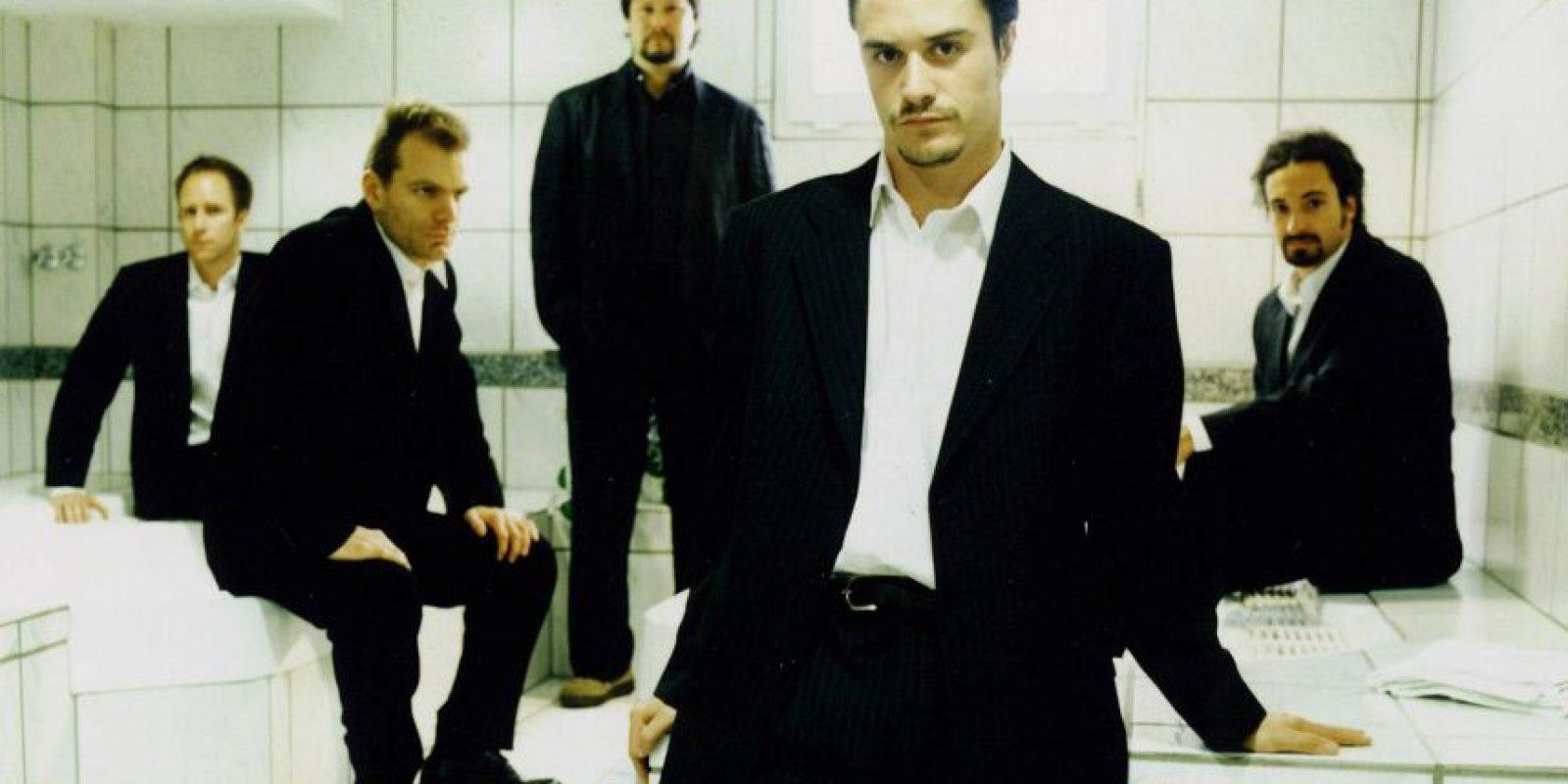 El séptimo álbum de la banda, aún sin título anunciado, llegará a las tiendas en abril de 2015.