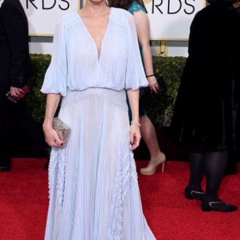Amanda Peet, en un vestido que no despierta nada. Un color ya repetido (siempre usa pastel). Foto:Getty Images