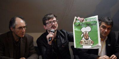 """VIDEO: Así huyeron los atacantes al semanario """"Charlie Hebdo"""""""