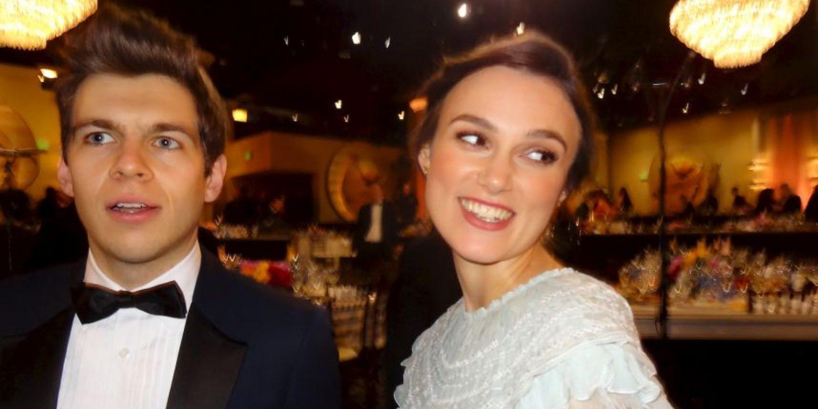 Kiera Knightley feliz de la mano de su marido el musico James Righton nos conto que esperan a su primer hijo. Foto:J. Melnick desde Los Ángeles para Metro