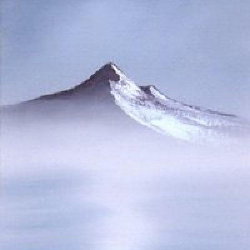 Paso 4: Con un poco de pintura blanco titanio resalte el lado derecho de la montaña. Foto:Facebook/The Joy of Painting