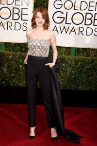 Emma Stone rompió esquemas llegando con pantalones. Foto:J. Melnick desde Los Ángeles para Metro