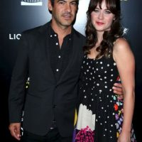 Zooey Deschanel y Jacob Pechenik Foto: Getty Images
