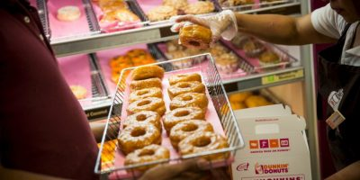 Para identificar los patrones de compra, los datos recabados se dividieron en tres períodos: de julio al día de Acción de Gracias (lo que representó el gasto promedio de los participantes en comida semanalmente) Foto:Getty Images