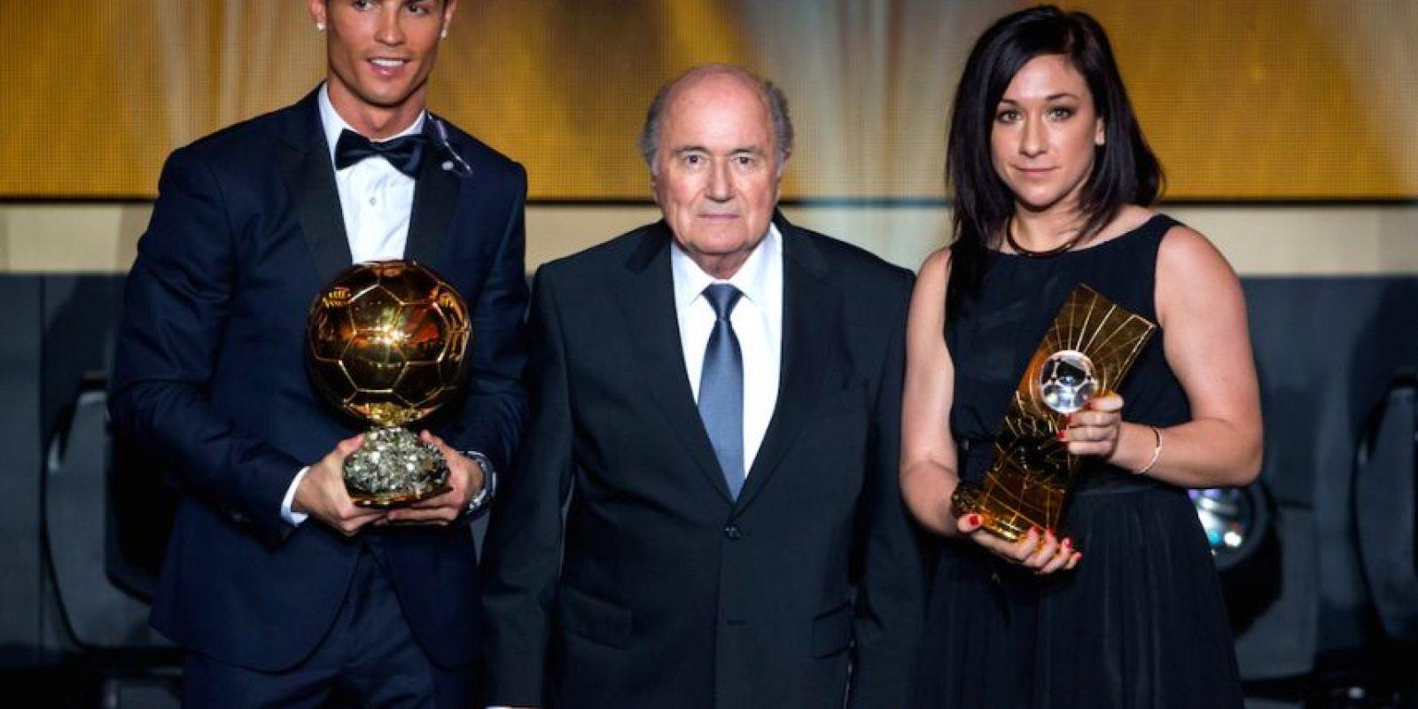 Cristiano Ronaldo, Joseph Blatter y Nadine Kessler. Foto:Getty Images