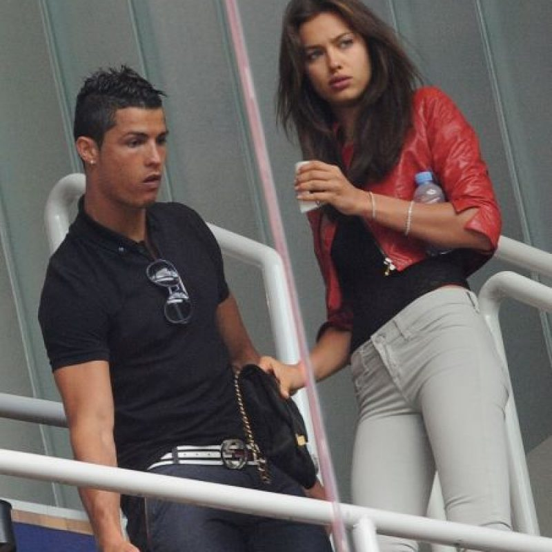 Cristiano e Irina durante un partido del Real Madrid en abril de 2011. Foto: Getty Images
