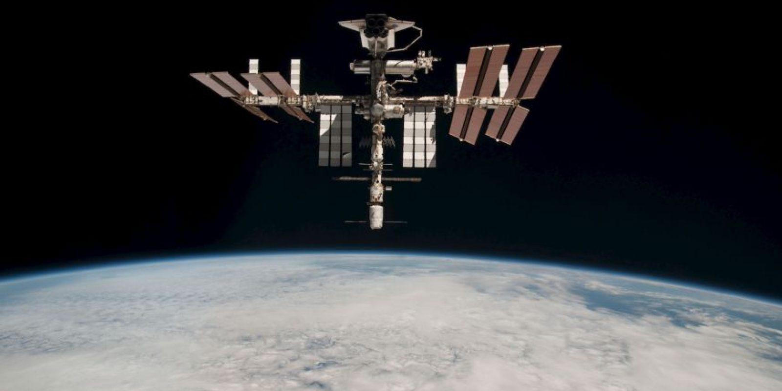 1. Es un centro de investigación en la órbita terrestre, cuya administración, gestión y desarrollo está a cargo de la cooperación internacional. Foto:Getty Images