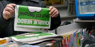 Centenares de ejemplares del nuevo número de Charlie Hebdo se agotaron rápidamente en Francia. Foto:Getty Images