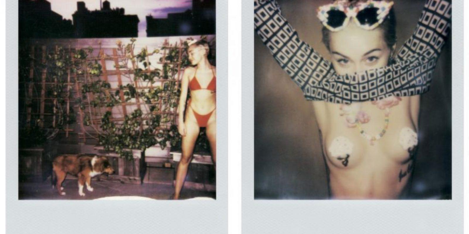 """Ahora la controversial artista muestra unas imágenes personales en la revista """"V"""" donde se deja ver con muy poca ropa y muy sensual Foto:V Magazine"""