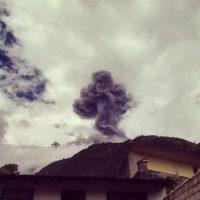 Su última erupción fue en 1999 y desde entonces ha tenido intensa actividad volcánica en 2006, 2010, 2012 y en 2014. Foto:instagram.com/diegocpollito