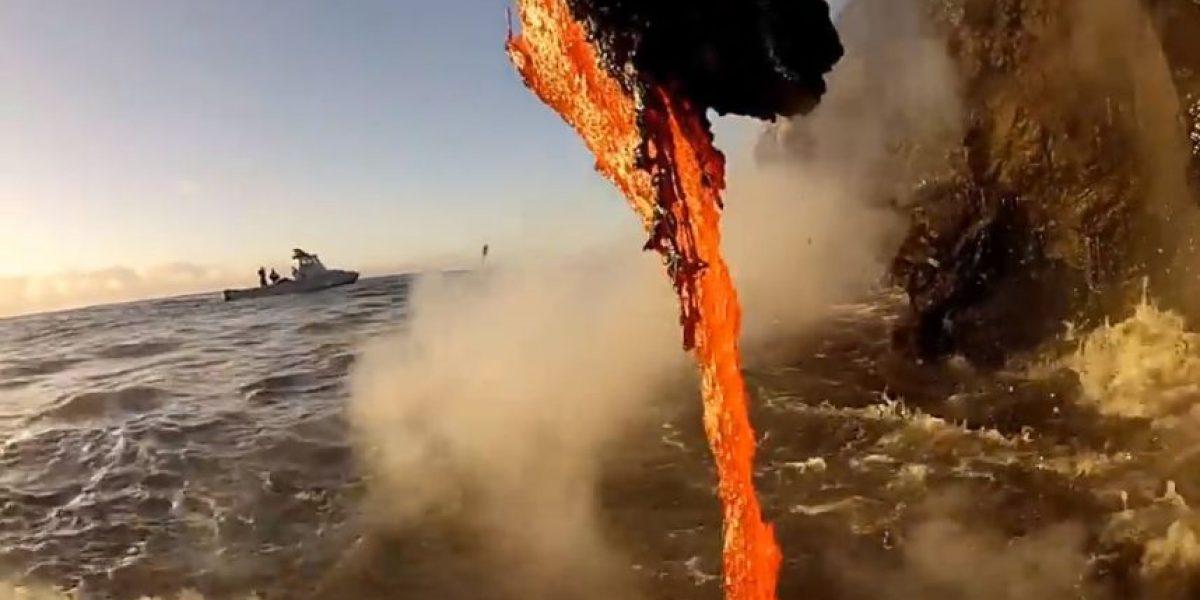 VIDEO: ¡Impresionante! Así se forma tierra nueva con lava hirviendo