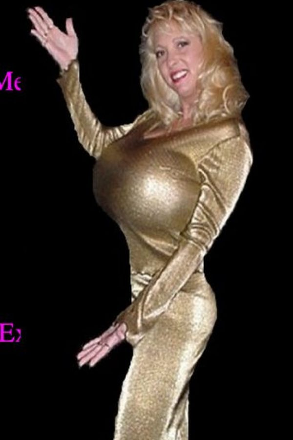 Esta actriz porno estadounidense también se destaca por tener unos senos gigantes Foto:maximounds.com