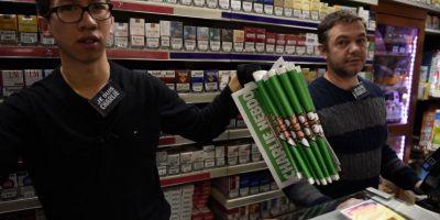 Hasta en farmacias se vendió el Charlie. Foto:Getty Images