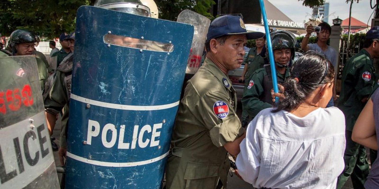 Los monjes alegaban fraude electoral. Foto:Getty