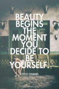 Aman poner frases inspiradoras. Preferiblemente de Paulo Coelho, Coco Chanel o algún otro tipo cliché. Foto:Pinterest