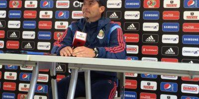 Contrataron al extécnico de la Selección de México, José Manuel de la Torre Foto:Twitter: @Chivas