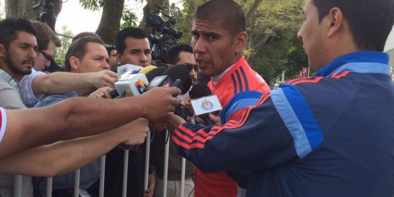 También tienen en sus filas a Carlos Salcido Foto:Twitter: @Chivas