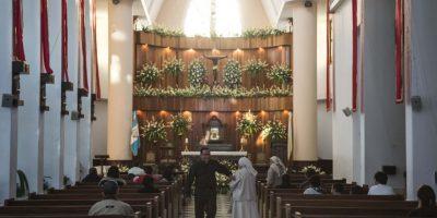 """GALERÍA: Templo de """"Esquipulitas"""" se prepara para recibir a fieles"""