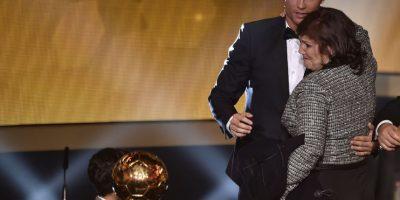 La madre de Cristiano Ronaldo sería el motivo de su separación con la modelo rusa. Foto:AFP
