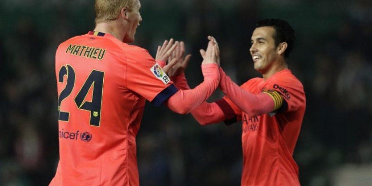 El Barcelona remata al Elche y avanza a los cuartos de final