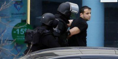 Autor de toma de rehenes cerca de París se entregó a la policía