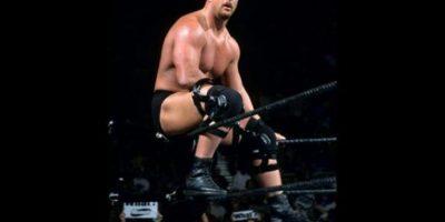 Steve Austin se coronó en tres ocasiones. Su última victoria en Royal Rumble fue en 2001 Foto:WWE