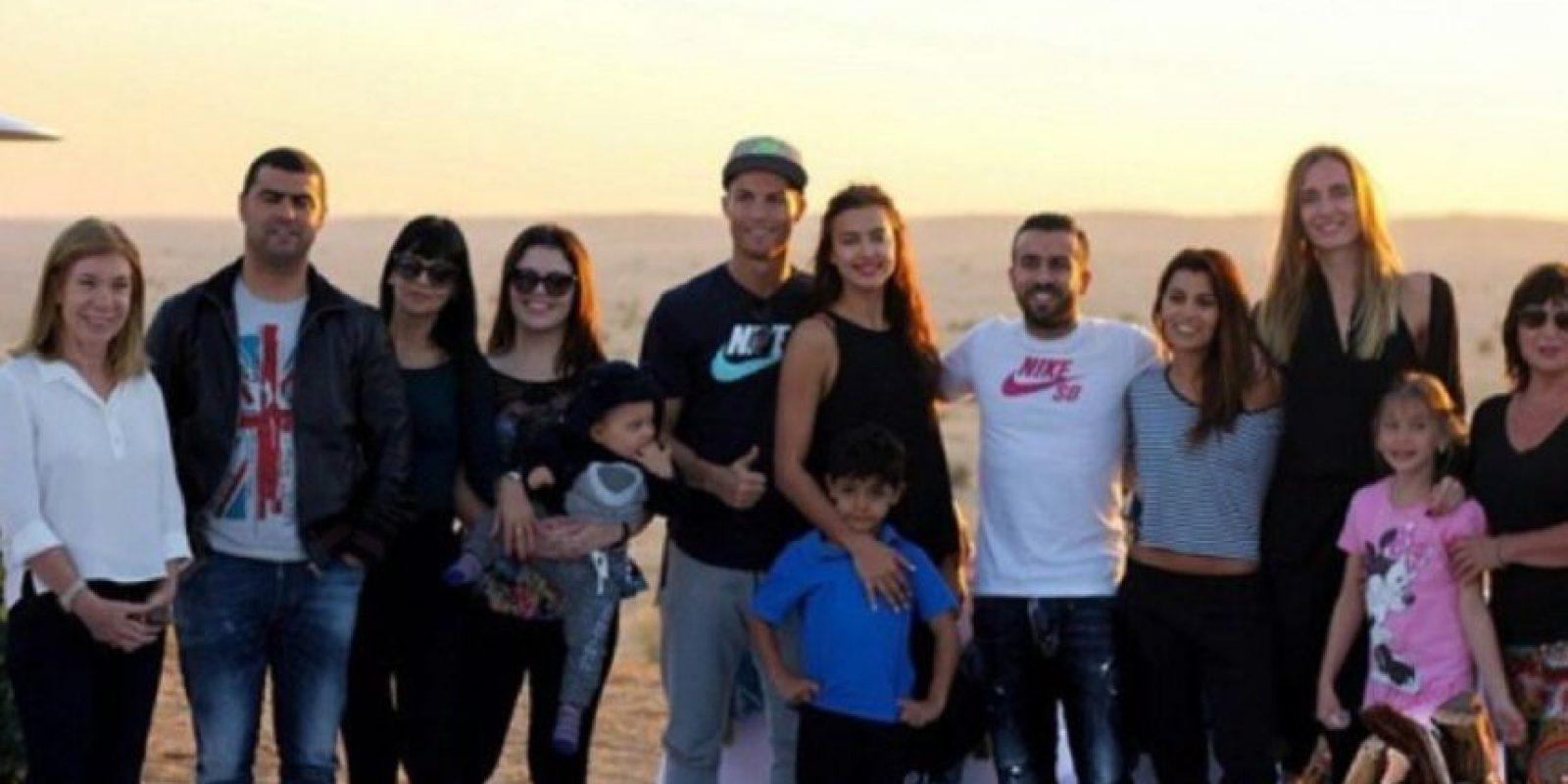 La última foto en la que aparecen juntos Irina y Cristiano es del 25 de diciembre de 2014. Foto:instagram.com/cristia no