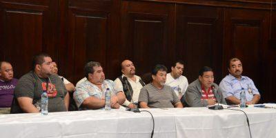 Carniceros exponen a diputados. Foto:José Castro / Congreso