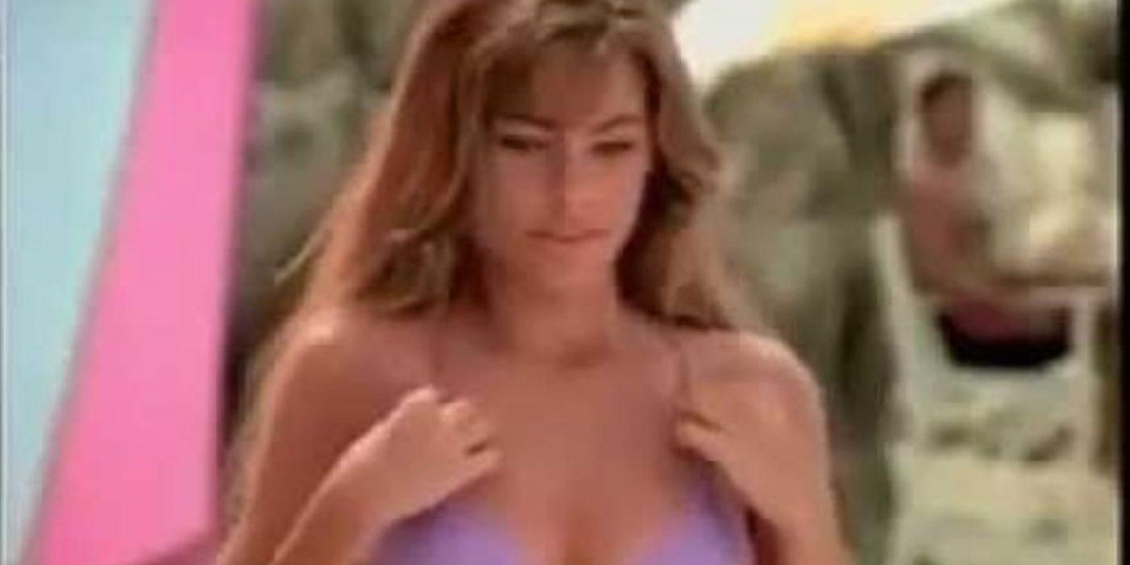 """Sofía Vergara era una jovencita rubia de belleza natural en el comercial de """"Pepsi"""" que protagonizó en 1994 Foto:Youtube"""