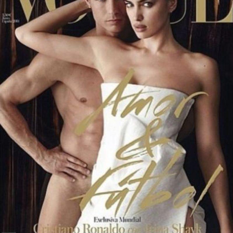 En mayo de 2014 fueron la portada de la revista Vogue luciendo muy poca ropa.Irina acompañó a Cristiano Ronaldo a la gala del Balón de Oro en enero de 2014, mismo que ganó el portugués y le dedicó a la modelo. Foto:instagram.com/irinashayk
