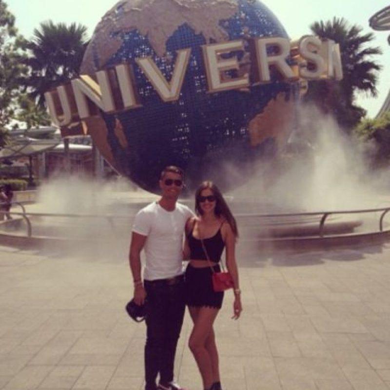 En julio de 2013 visitaron los estudios Universal en Singapur. Foto:instagram.com/irinashayk instagram.com/cristiano