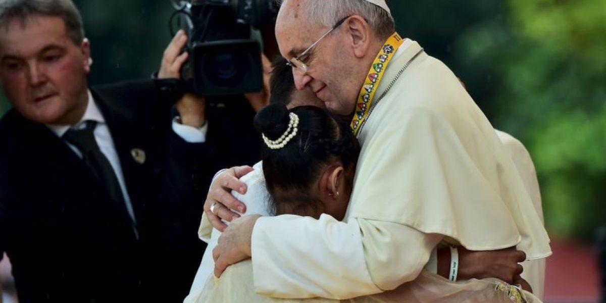 Sin palabras, el Papa Francisco no pudo responder la pregunta de una niña