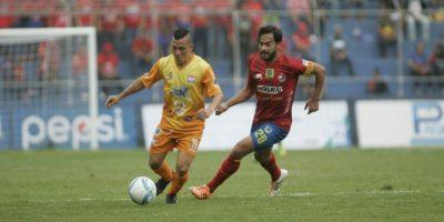 Ruiz le da el triunfo a Municipal