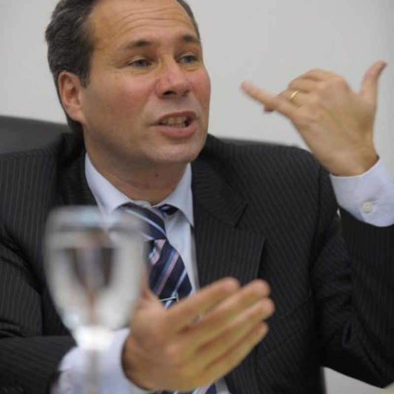 El fiscal Natalio Alberto Nisman, de 51 años de edad, fue hallado sin vida en el interior de su domicilio durante la madrugada de este lunes Foto:AFP