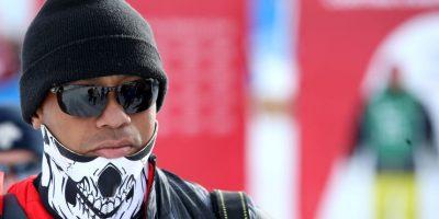 El golfista estadounidense se presentó así a la competencia de su novia, la esquiadora Lindsey Von Foto:AP
