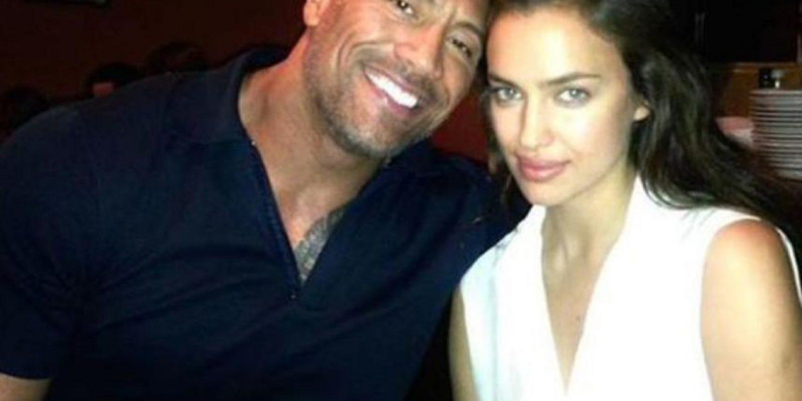 """La modelo y el luchador se compenetraron muy bien durante la grabación de la película """"Hércules"""" Foto:Instagram: @therock"""