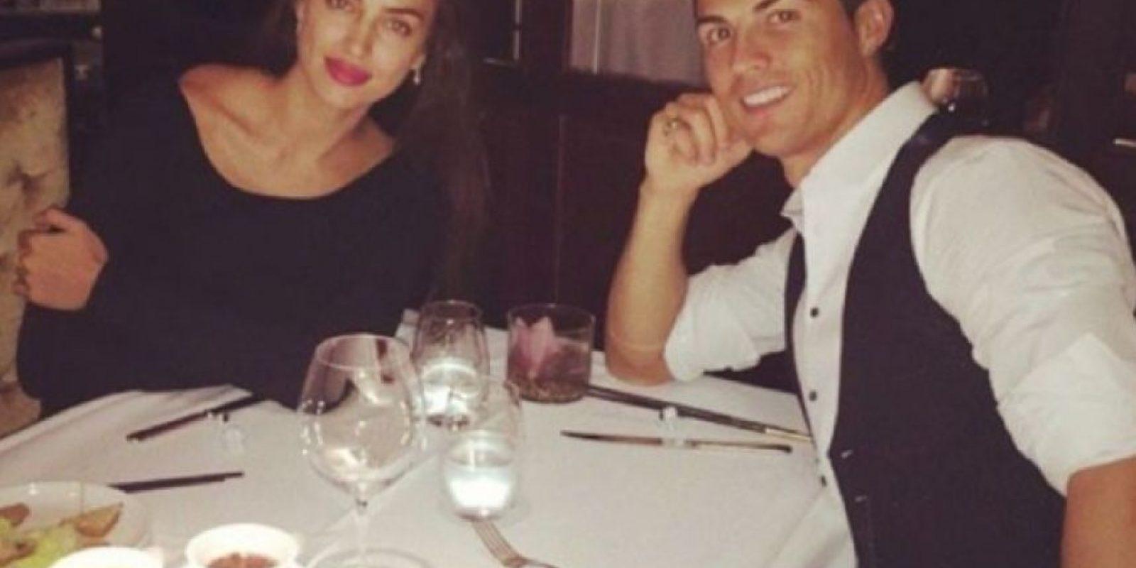 El 5 de octubre el portugués publicó una imagen durante una cena íntima con Irina. Foto:instagram.com/cristiano