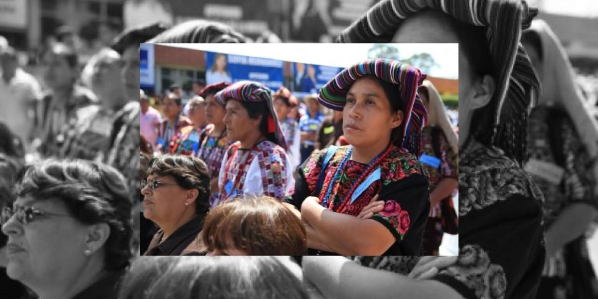 Guatemala registró más de 20 mil comadronas en 2014