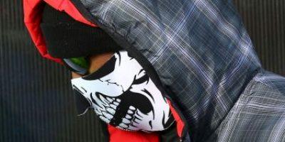 Tiger Woods esconde un defecto facial con una máscara